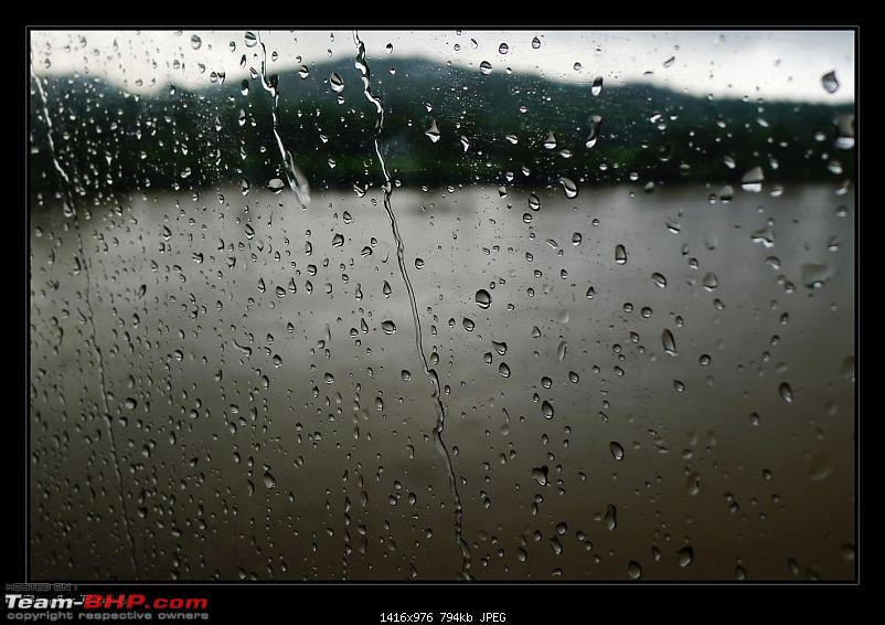 2011 Monsoon Trips : Romancing the rains. Postcards from the Konkan & deccan plateau-p1030408.jpg