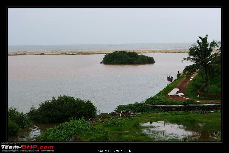 2011 Monsoon Trips : Romancing the rains. Postcards from the Konkan & deccan plateau-p1030478.jpg