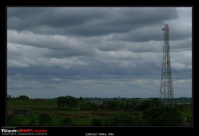 2011 Monsoon Trips : Romancing the rains. Postcards from the Konkan & deccan plateau-p1030915.jpg
