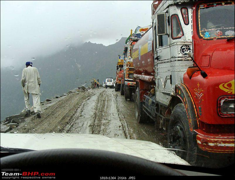 Hawk-On-Fours® (H-4®) Roadtrip:  Leh(t)'s go to Ladakh & Srinagar with QuickSilver.-rohtang2manali-7k200.jpg