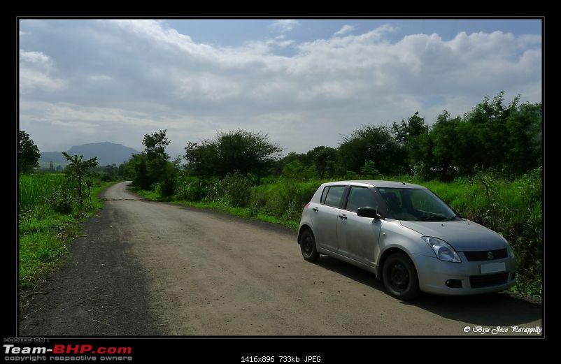2011 Monsoon Trips: Hadshi (Temple, Lotus Flowers, Paddy Fields, Rolling Green Hills)-p1040358.jpg
