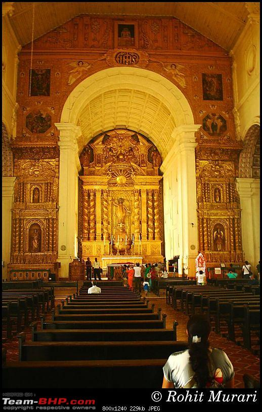 Goa; been there, done that-5002-bom-jesus.jpg