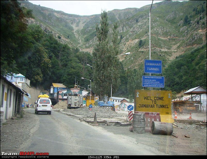 Ladakh: A sojourn to the roof of the world�over 21 days and 6500kms!!-d4-5-enroute-srinagar-jawahar-tunnel.jpg