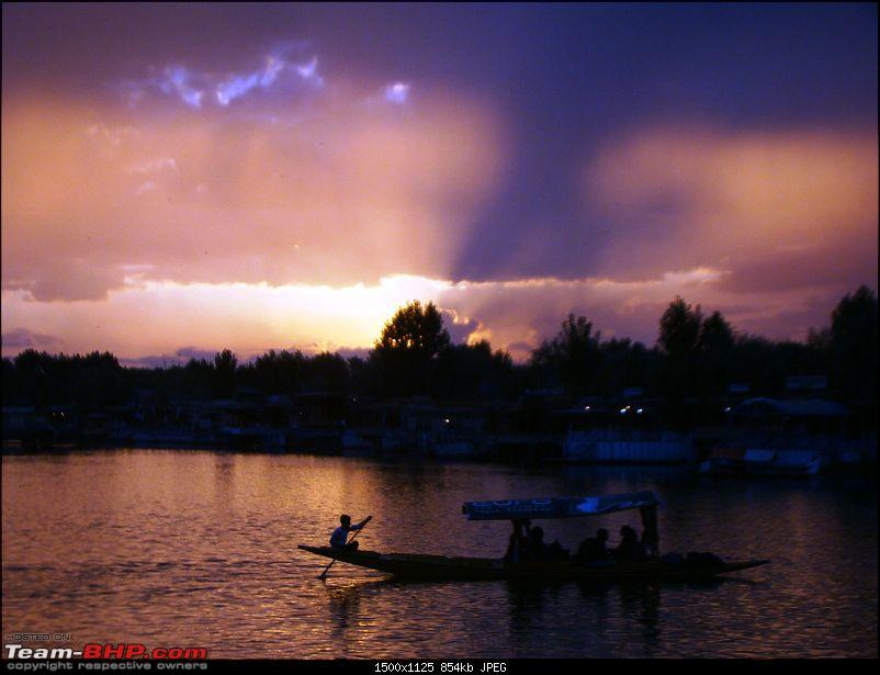 Ladakh: A sojourn to the roof of the world�over 21 days and 6500kms!!-d5-13-dal-lake-sunset.jpg