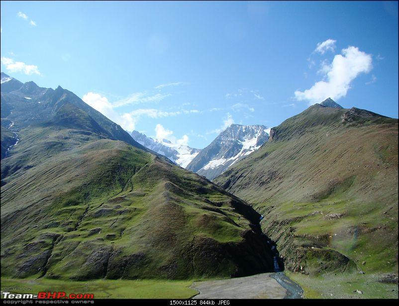 Ladakh: A sojourn to the roof of the world…over 21 days and 6500kms!!-d6-13-dzojila-top-viewb.jpg