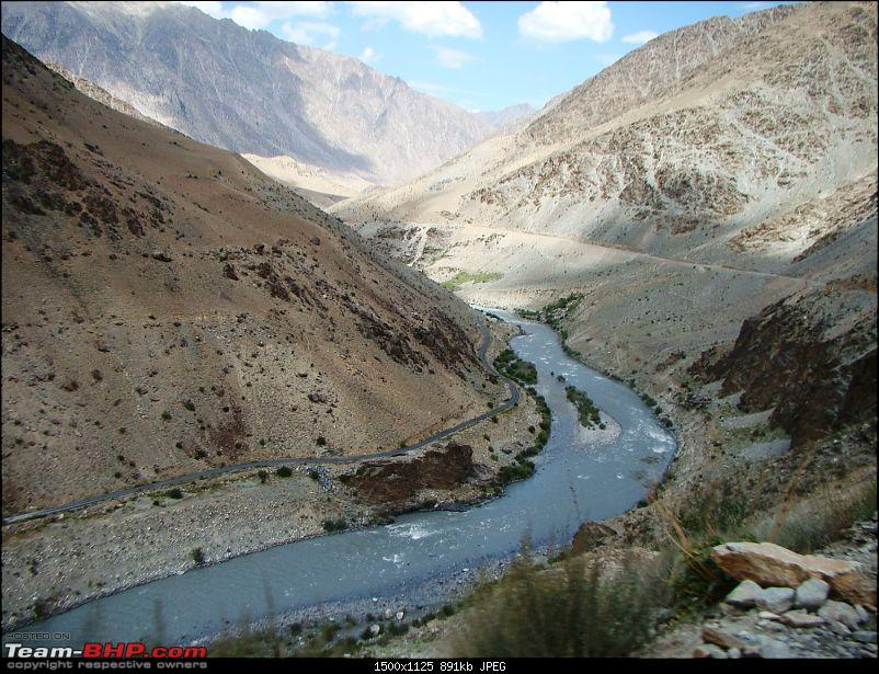 Ladakh: A sojourn to the roof of the world�over 21 days and 6500kms!!-d6-25-enroute-kargil-e.jpg