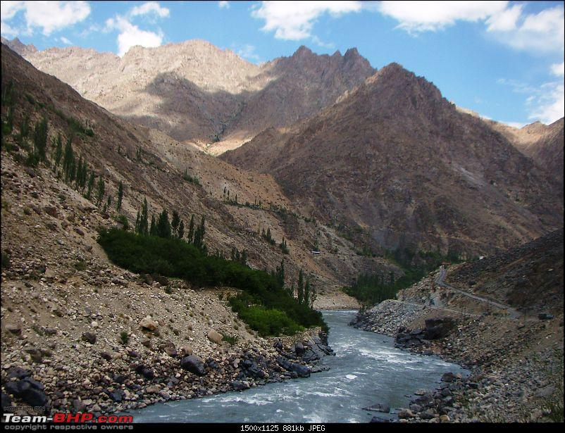 Ladakh: A sojourn to the roof of the world�over 21 days and 6500kms!!-d6-26-enroute-kargil-f.jpg