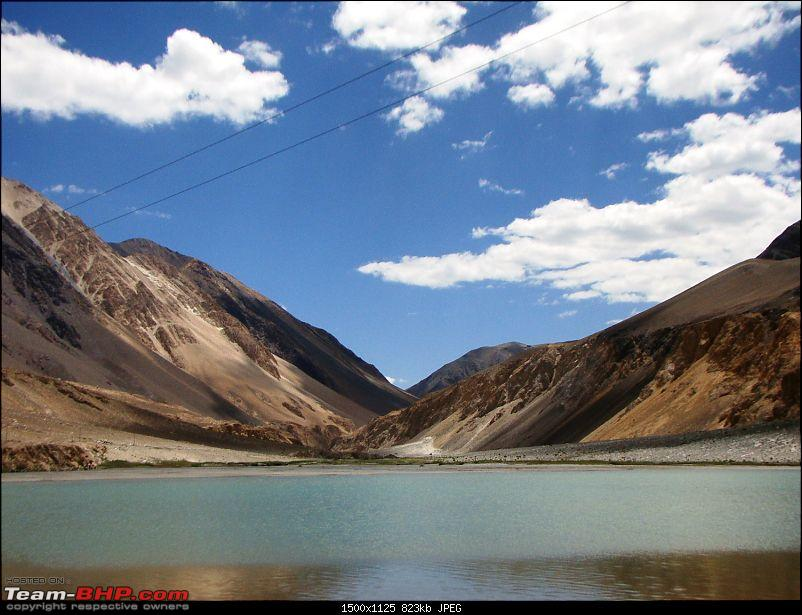Ladakh: A sojourn to the roof of the world�over 21 days and 6500kms!!-d9-10-lake-before-pangong-tso.jpg