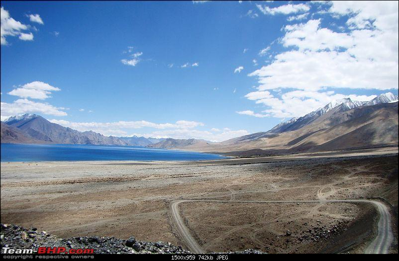 Ladakh: A sojourn to the roof of the world�over 21 days and 6500kms!!-d9-23-pangong-tso-tracks.jpg