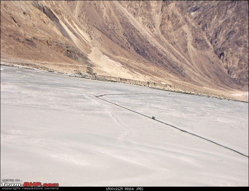 Ladakh: A sojourn to the roof of the world…over 21 days and 6500kms!!-d11-9-near-diskit-spot-bus.jpg