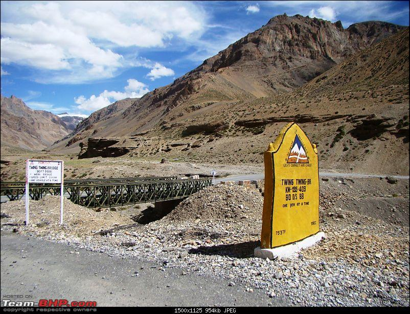 Ladakh: A sojourn to the roof of the world…over 21 days and 6500kms!!-d14-25-twing-twing-bridge.jpg