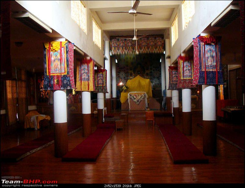 Hawk-On-Fours® (H-4®) Roadtrip: McLEODGANJ-dalailamatemple-12-k200.jpg