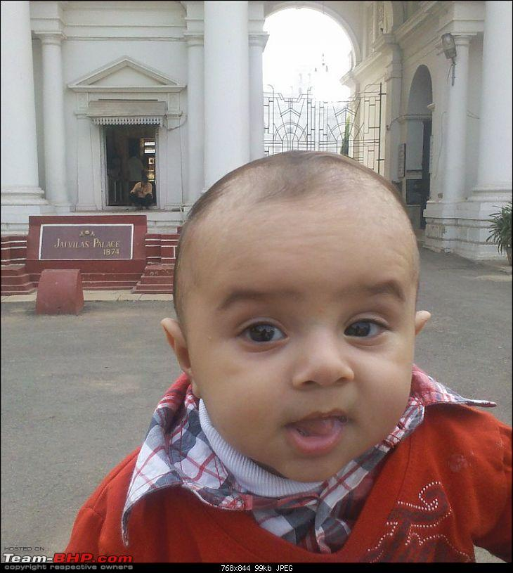 Baby'sDaysOut - Daksh goes to Gwalior & Orchha-2.-outside-jaivilas-palace.jpg