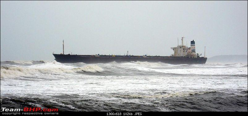 Delhi - Goa - Delhi - New Year Vacation (Extended to Bangalore) - 5300 kms-old-russian-ship-agauda.jpg