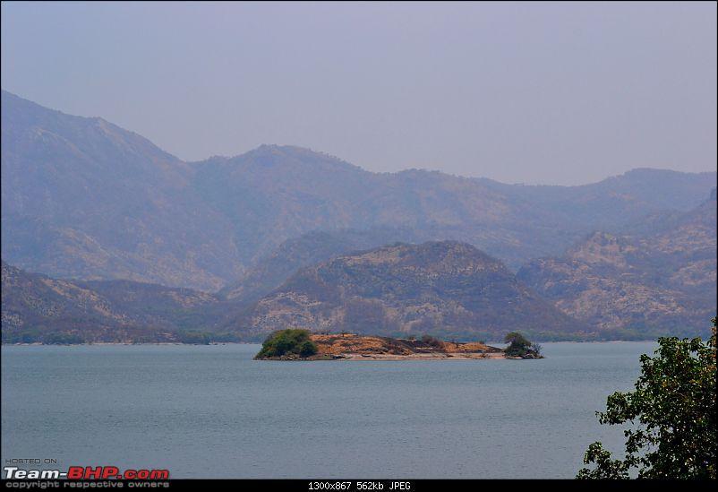 Fauji's Drivologues :- Beat the heat II - Escape to Sinnadorai's Bungalow in Valparai-dsc_0543.jpg