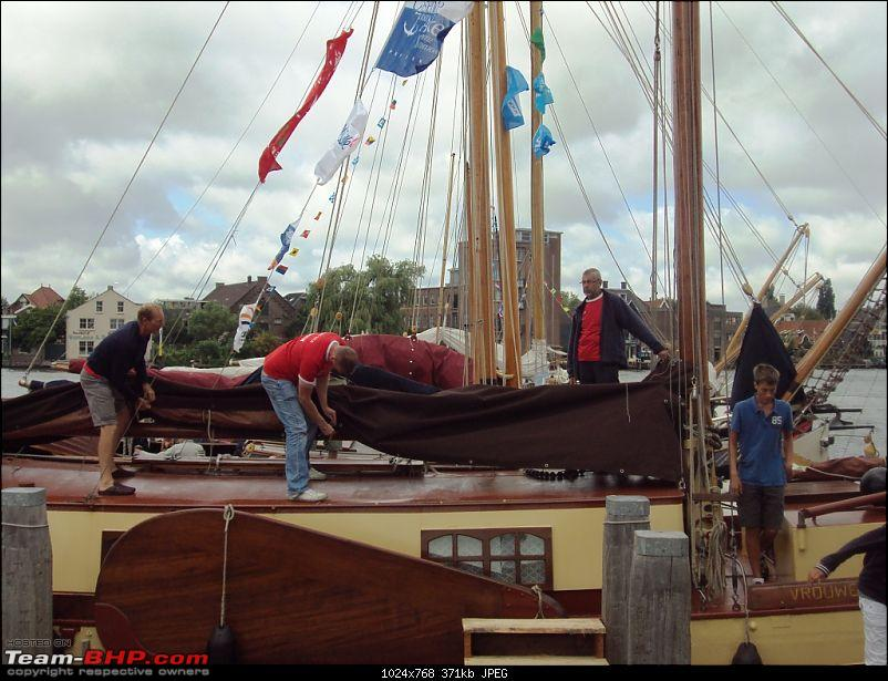 Travelogue � Country of low lands & the City of lights-9-people-getting-ready-sail.jpg