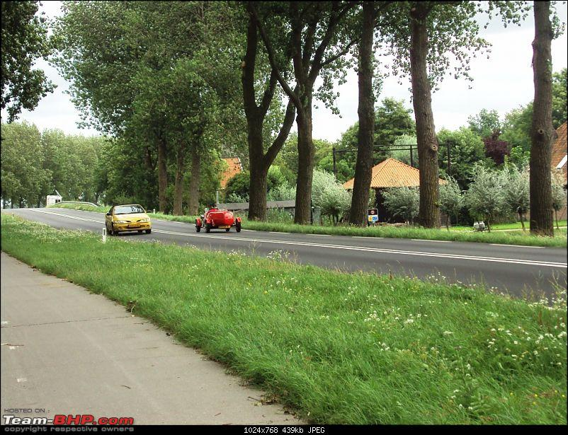Travelogue � Country of low lands & the City of lights-25-funny-car.jpg