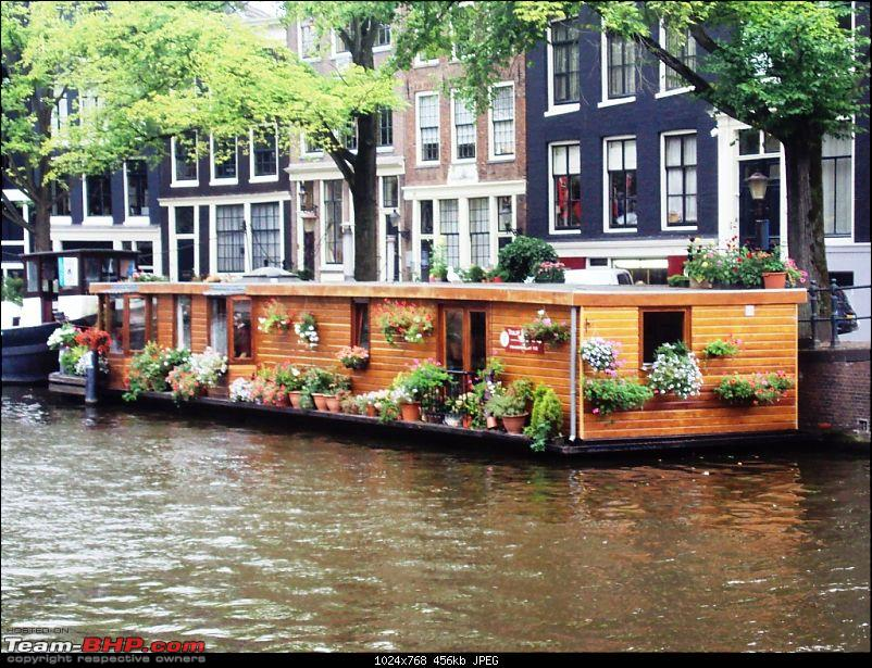 Travelogue � Country of low lands & the City of lights-boat-house.jpg