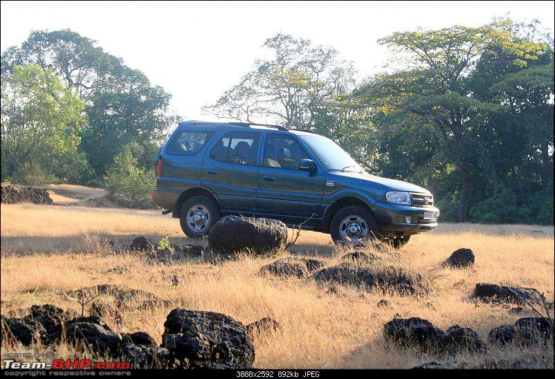 Off-Roading into a Lost World in the Bowels of the Western Ghats-near-gate.jpg
