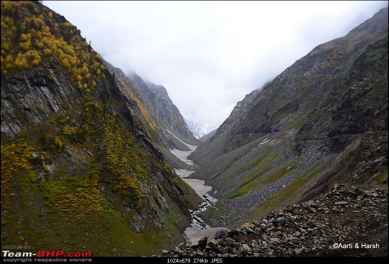 Sach Pass & the Season's first snowfall (Oct - 2011)-056.jpg