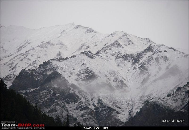 Sach Pass & the Season's first snowfall (Oct - 2011)-083.jpg