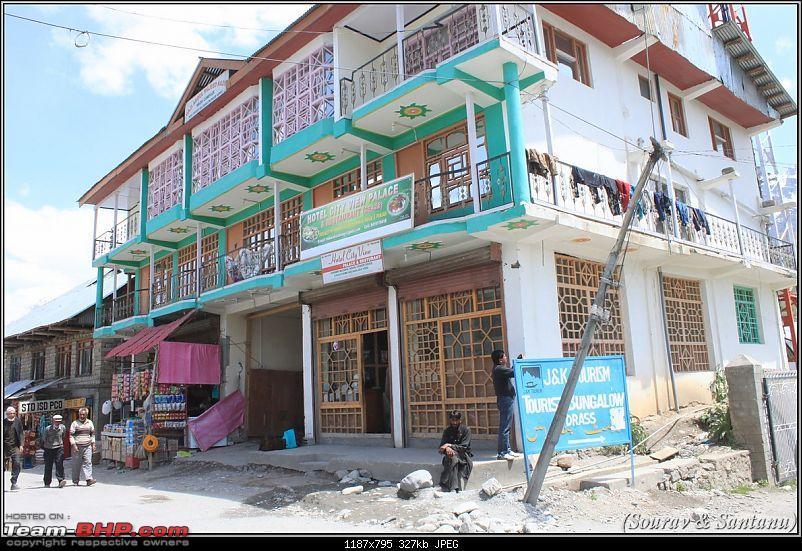 A journey through Leh & Ladakh – Barren beauty at its best-346-drass-town-restaurant-where-we-ate.jpg
