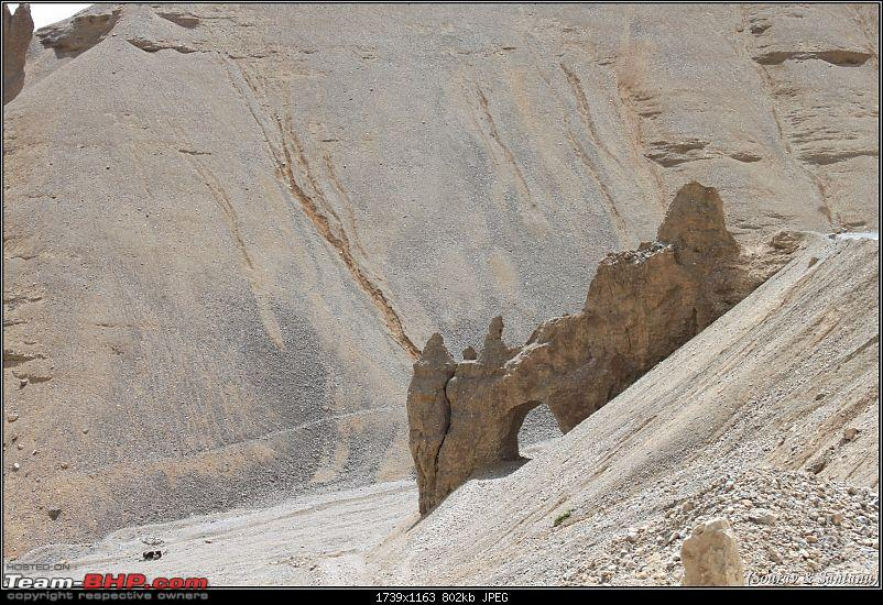 A journey through Leh & Ladakh � Barren beauty at its best-31-another-view-gaping-hole.jpg