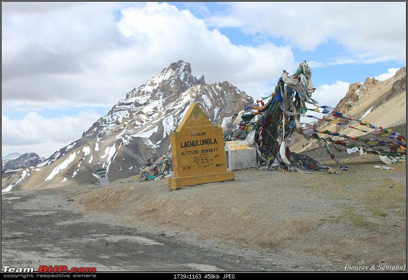 A journey through Leh & Ladakh � Barren beauty at its best-35-reached-lachung-la.jpg