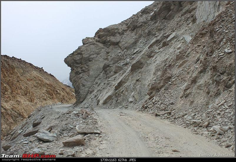 A journey through Leh & Ladakh � Barren beauty at its best-59-bad-roads-initially-baralacha-la.jpg