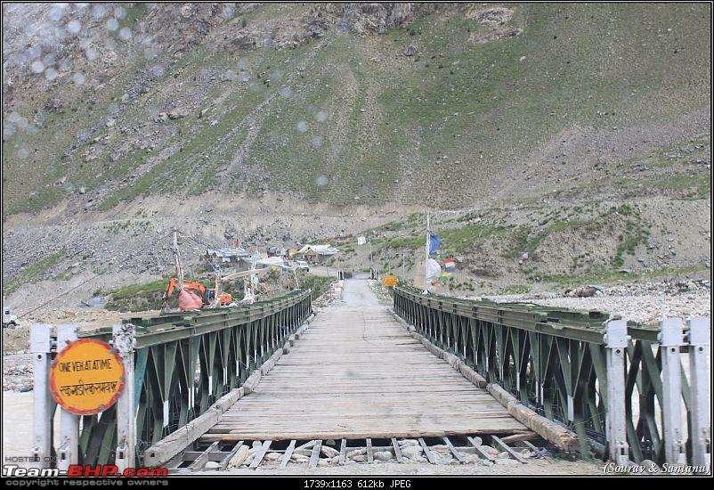 A journey through Leh & Ladakh � Barren beauty at its best-84-moving-towards-rohtang.jpg