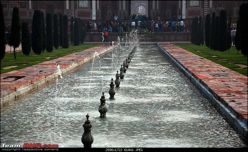 Gurgaon - Baanke Bihari - Mathura - Agra - Gurgaon-fountains.jpg