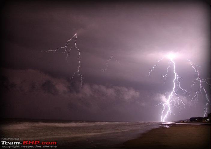 Name:  lightening on bakkhali beach.jpg Views: 5807 Size:  36.5 KB