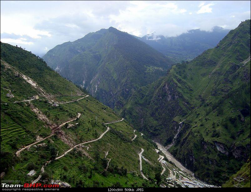 Fauji's Drivologues - Valley of Flowers, Uttarakhand - &quot;Paradise on Earth&quot;-rtb-50.jpg <br /> <b>The stretch between Chamoli and Gobind Ghat is the most picturesque as well as risky. Notice the road at the edge of valley.<br /> <br /> </b><a href=