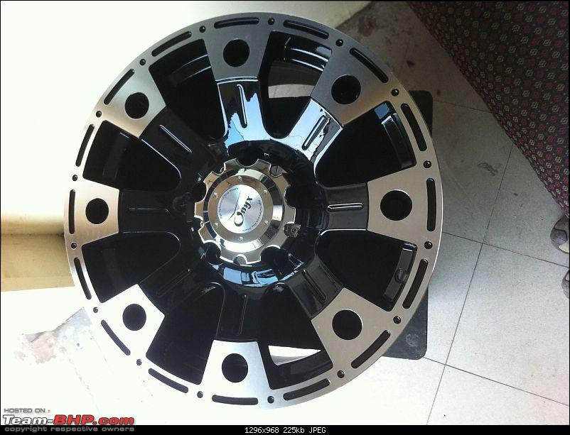 Mahindra XUV500 : Tyre & wheel upgrade thread-onyx_17a.jpg
