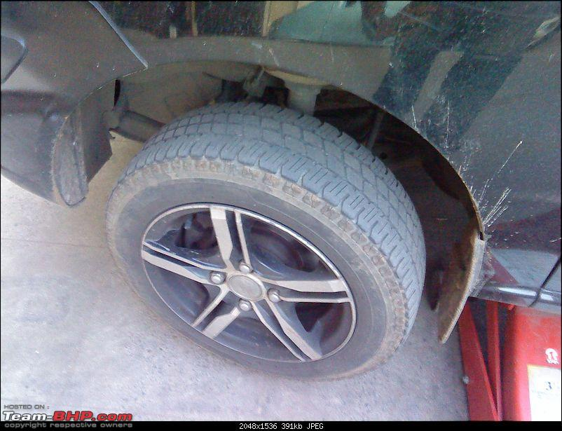 Upgrading wheels/tyres on Santro-front-before.jpg