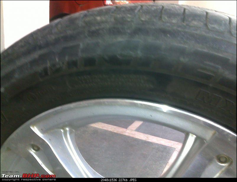 Car ran 20+ kms on a flat tyre :(-20112010356.jpg