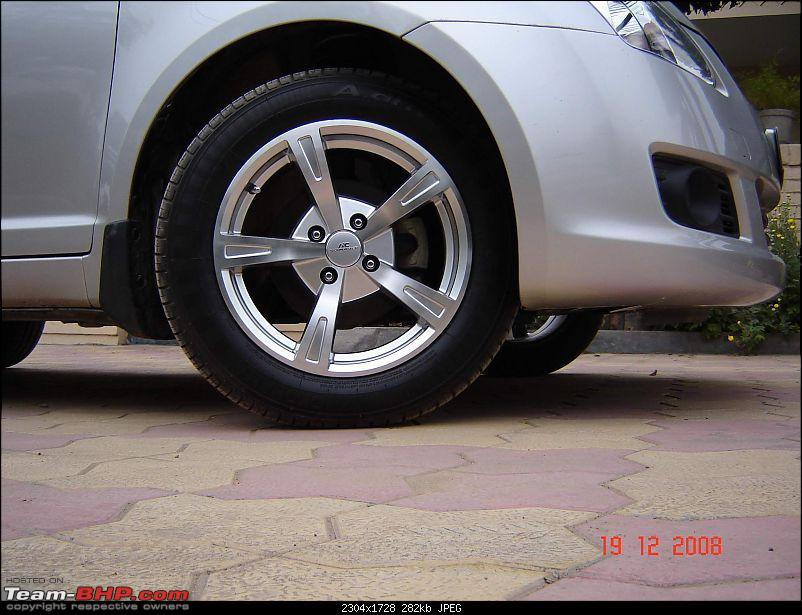 The official alloy wheel show-off thread. Lets see your rims!-dsc02130.jpg