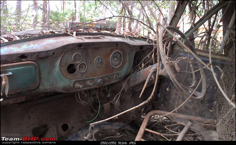 Rust In Pieces... Pics of Disintegrating Classic & Vintage Cars-imag0862.jpg