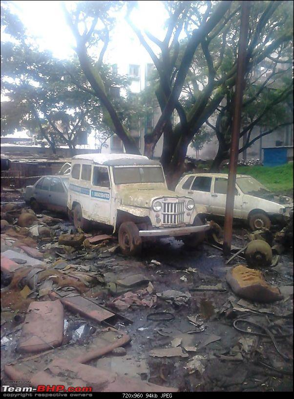 Rust In Pieces... Pics of Disintegrating Classic & Vintage Cars-willys-station-wagon.jpg