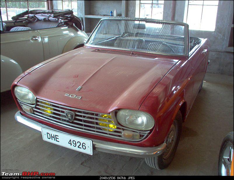 Pics: Vintage & Classic cars in India-65-peugeot-204-convertible.jpg