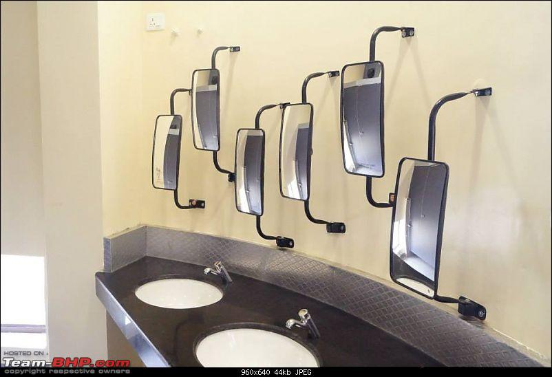 The Heritage Transport Museum - Gurgaon-mirrors-toilet.jpg