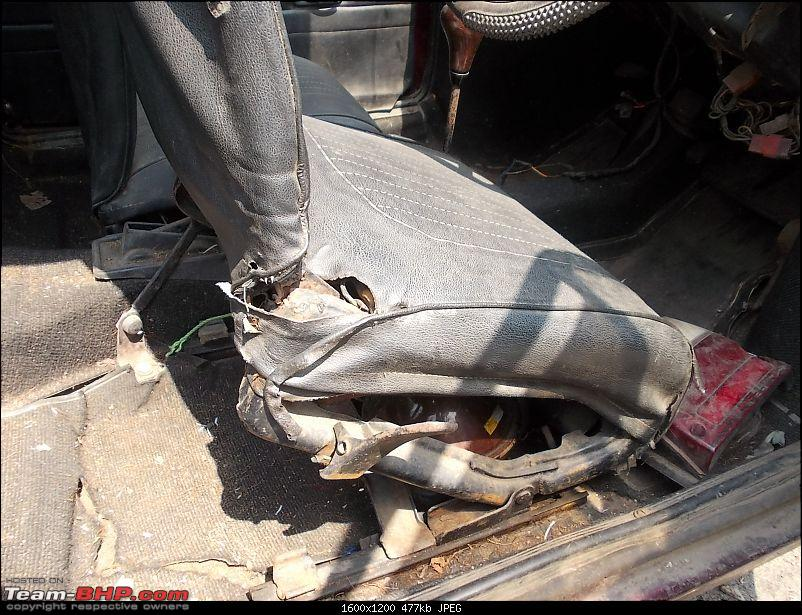 Rust In Pieces... Pics of Disintegrating Classic & Vintage Cars-02272014-jaipur-024.jpg