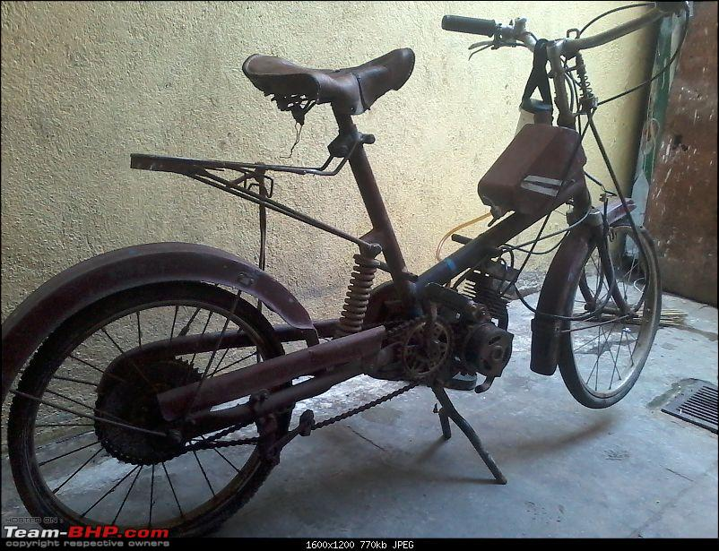 What 2-wheeler is this? EDIT: It's an Enfield Arrow-20140529_133733.jpg