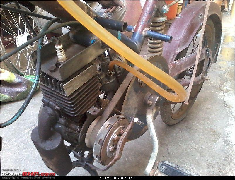 What 2-wheeler is this? EDIT: It's an Enfield Arrow-20140529_133801.jpg