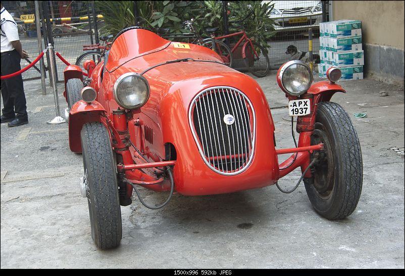 Mumbai: Vintage & Classic Car display & seminar. Liberty Cinema on 24th Jan, 2015-_4.jpg
