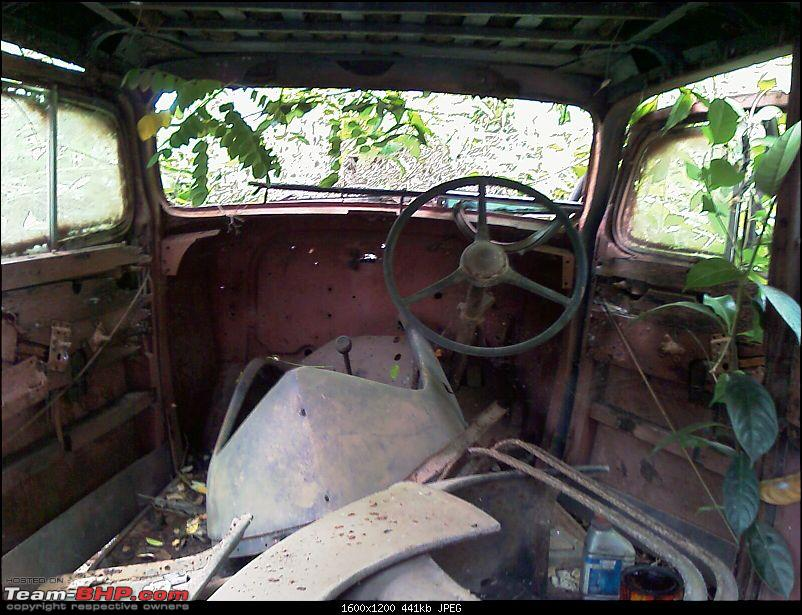 Rust In Pieces... Pics of Disintegrating Classic & Vintage Cars-imag0073.jpg