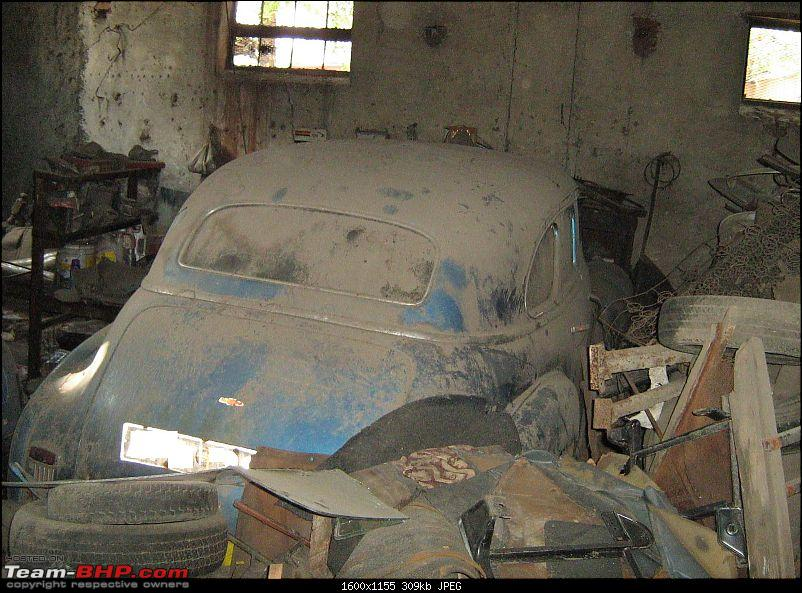 Rust In Pieces... Pics of Disintegrating Classic & Vintage Cars-chev02.jpg