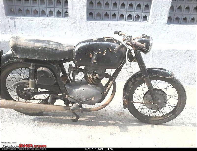 Classic Motorcycles in India-img_8076.jpg