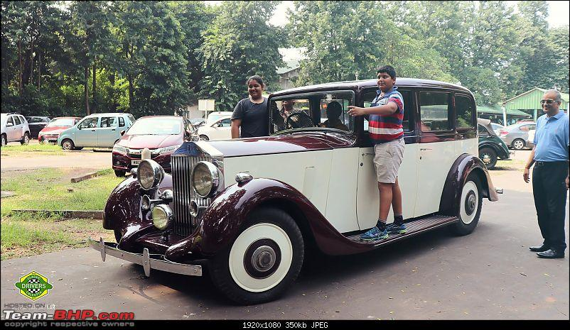 Drives & Meetups: Classic Car owners of Calcutta-familytimerr.jpg