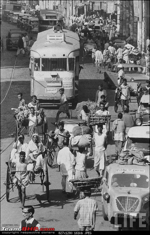 Nostalgic automotive pictures including our family's cars-crowded-street-calcutta-kolkata-december-1970.jpg
